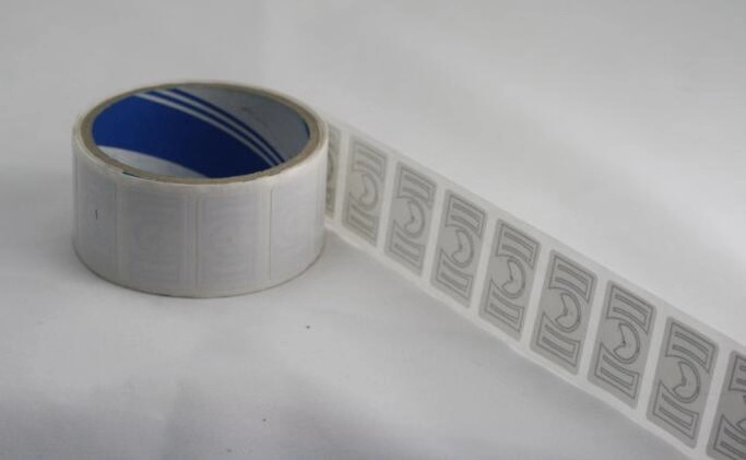 RL300 UHF RFID Label